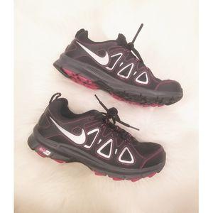 Nike Alvord 10 trail running sneaker